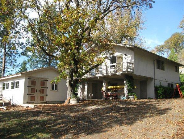 2818 Ne Gordon Ave 1617 Sq Ft Single Family Home For