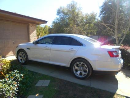 $29,500 2011 Ford Taurus SHO