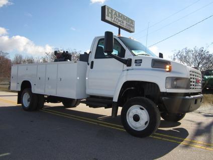 $29,900 2007 GMC C4500 4x4 Service  Utility  Lube Truck