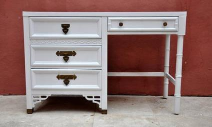 Beautiful Vintage Mid Century Modern White Lacquer Desk By