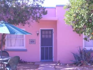 $299 / 1br - /weekly SPECIAL RATES! Gorgeous 1-Plus BR Casita! Lovely Court! (CENTRAL - near UofA, UMC and downtown) (map)