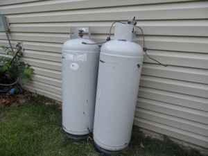 125 Gallon Propane Tank http://roanoke-va.americanlisted.com/garden-house/2-propane-tanks-125-blue-ridge-va_19090547.html