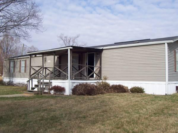 2br 1997 Fleetwood 14x70 Mobile Home For Sale In
