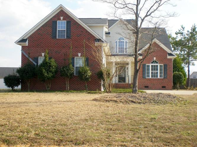 3.50 Bath Single Family Home, Raeford NC, 28376