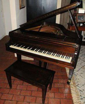 $3,500 GORGEOUS 1911 Antique Walnut Brambach baby grand piano w bench