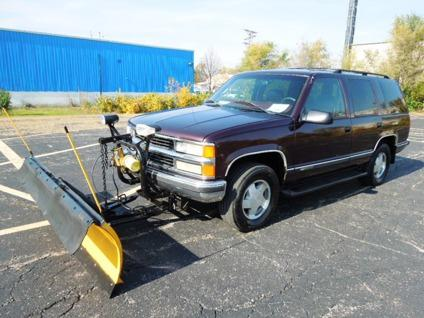 chevy tahoe lt with nice snow plow for sale in waterford michigan classified. Black Bedroom Furniture Sets. Home Design Ideas