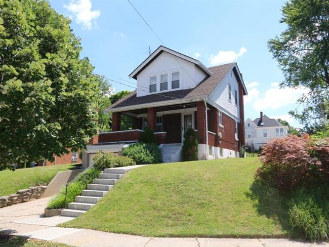 3 Bed 1 Bath House 1004 FISK AVE