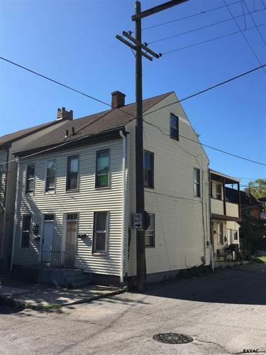 3 Bed 1 Bath House 126 N PENN ST