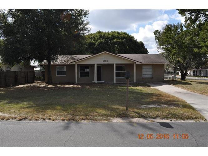 3 Bed 1 Bath House 1706 OLD MOUNT DORA RD