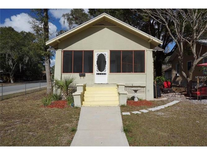 3 Bed 1 Bath House 601 E RICH AVE