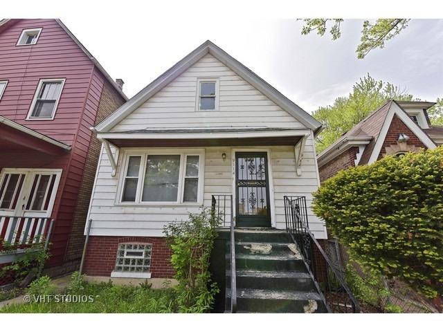 3 Bed 1 Bath House 9114 S HARPER AVE