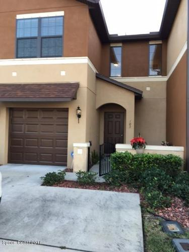 3 Bed 2 Bath Condo 1410 LARA CIR #105