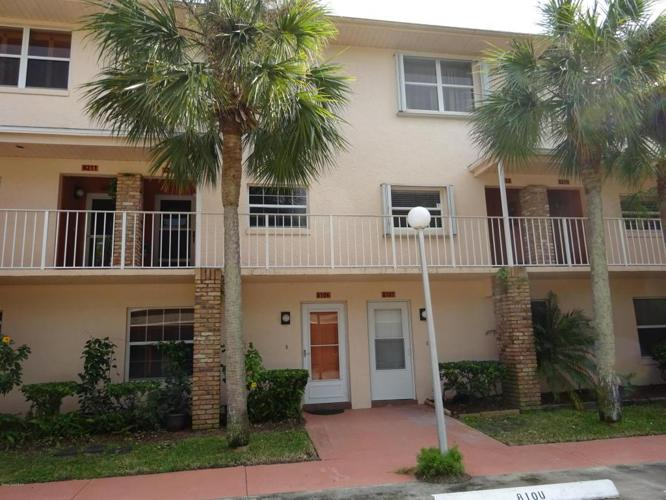 3 Bed 2 Bath Condo 1600 WOODLAND DR #8107