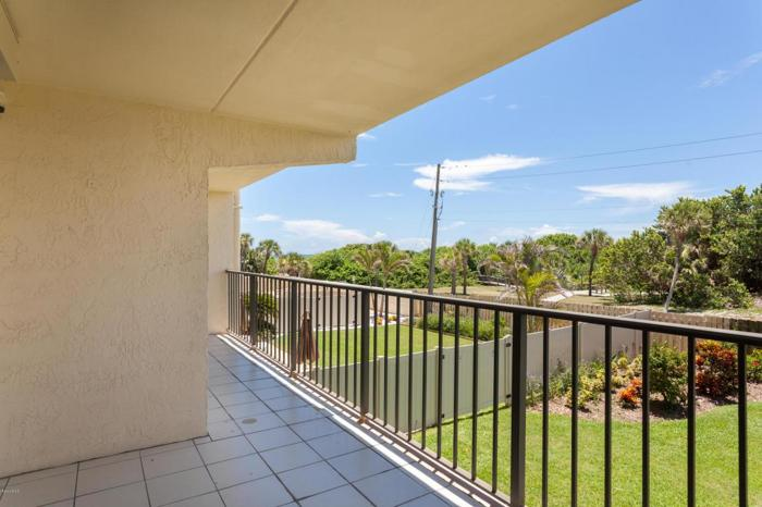 3 Bed 2 Bath Condo 3060 N ATLANTIC AVE #209