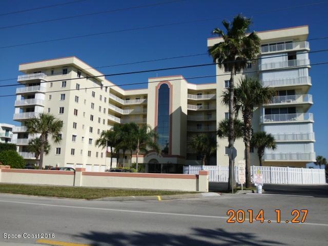 3 Bed 2 Bath Condo 3740 OCEAN BEACH BLVD #207
