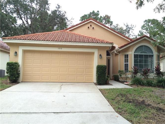 3 Bed 2 Bath House 1010 E PEBBLE BEACH CIR