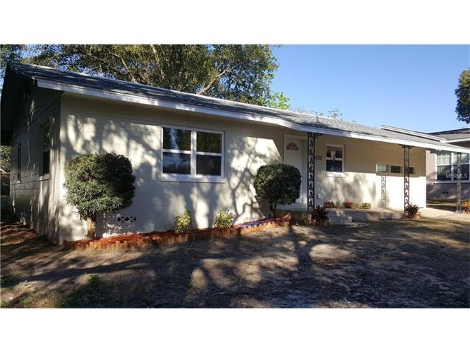 3 Bed 2 Bath House 1502 TYRINGHAM RD