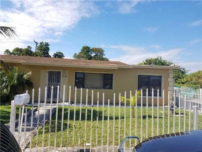 3 Bed 2 Bath House 17240 Nw 27th Ave For Sale In Miami