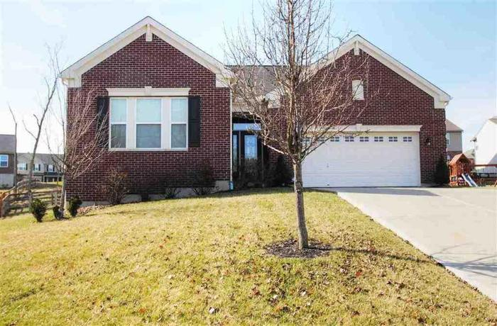 3 Bed 2 Bath House 1805 LACEBARK CT