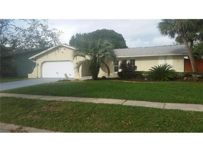 3 Bed 2 Bath House 1810 POINCIANA RD