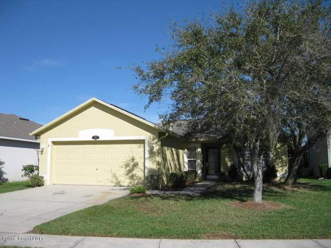 3 Bed 2 Bath House 2011 BROOKSHIRE CIR