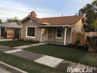 3 Bed 2 Bath House 220 E NOBLE ST