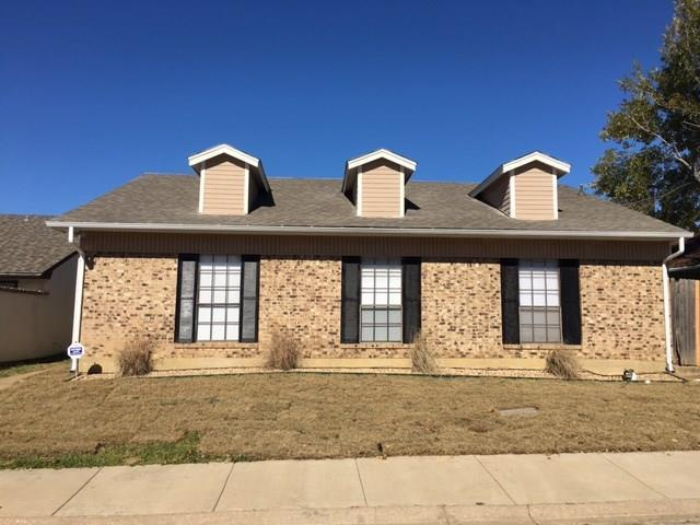 3 Bed 2 Bath House 2223 SHERATON DR