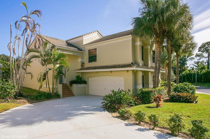 3 bed 2 bath house 2468 treasure isle dr for sale in west for Bath house florida