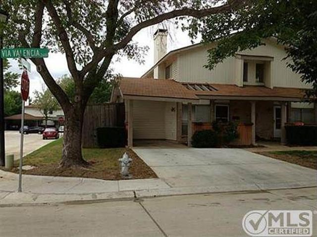 3 Bed 2 Bath House 2635 VIA VALENCIA