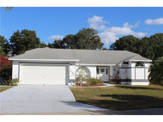 3 Bed 2 Bath House 3042 WALDEN SHORES BLVD