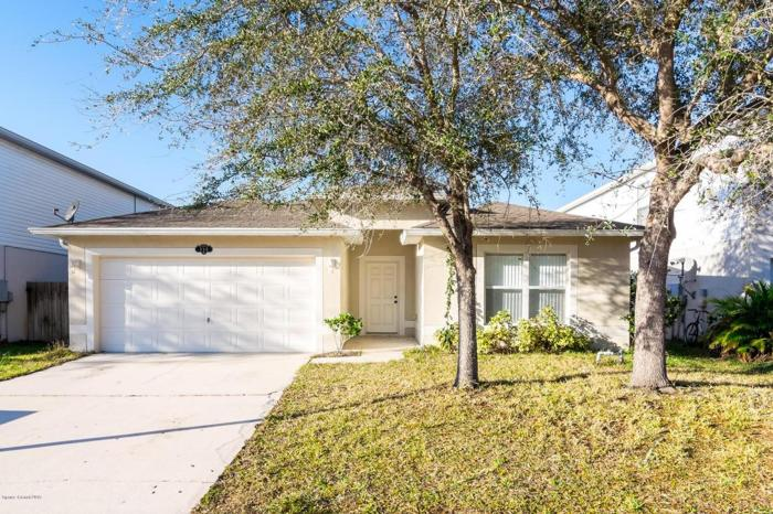 3 Bed 2 Bath House 350 TORTUGA WAY