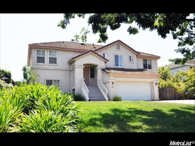 3 Bed 2 Bath House 4622 SAINT ANDREWS DR