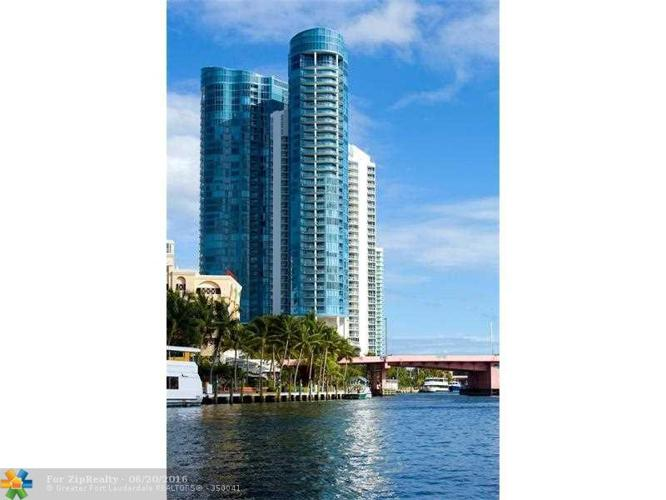 3 Bed 3 Bath Condo 333 LAS OLAS WAY #4007