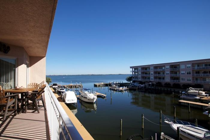 3 Bed 3 Bath Condo 540 S BANANA RIVER DR #201
