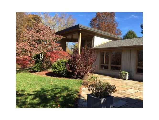 3 Bed 3 Bath House 407 FOX CHAPEL RD