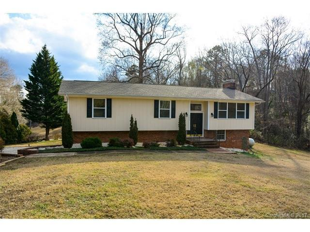 3 Bed 3 Bath House 5225 WOLFE RD