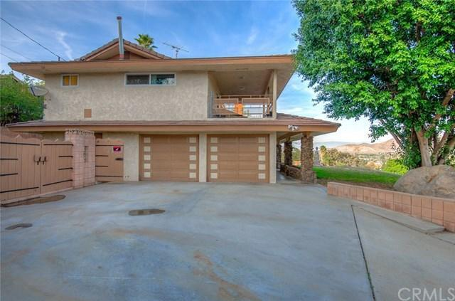 3 Bed 3 Bath House 5425 GOLDEN WEST AVE