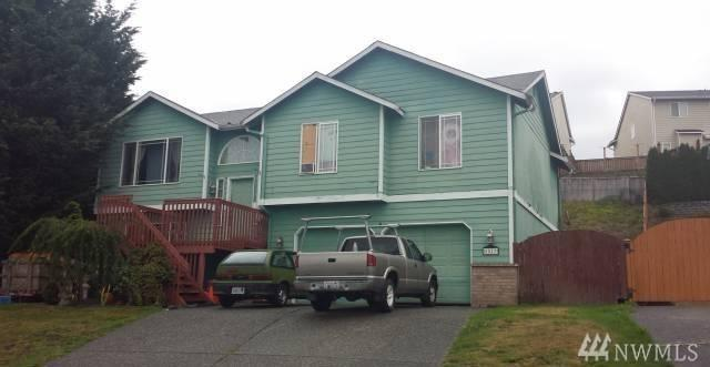3 Bed 3 Bath House 8517 76TH AVE NE