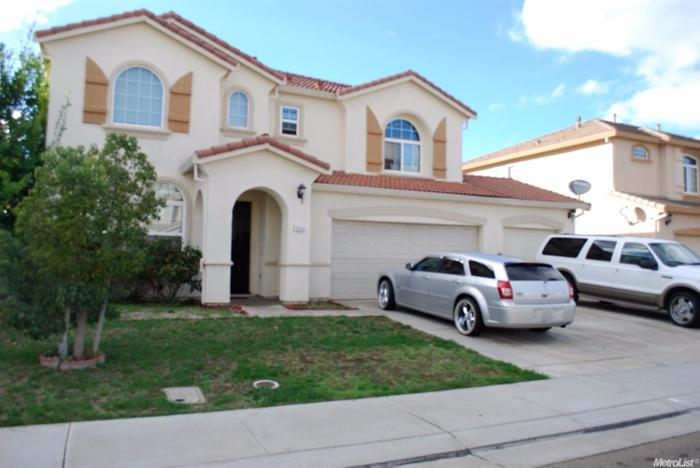 3 Bed 3 Bath House 9655 ANGELINA CT