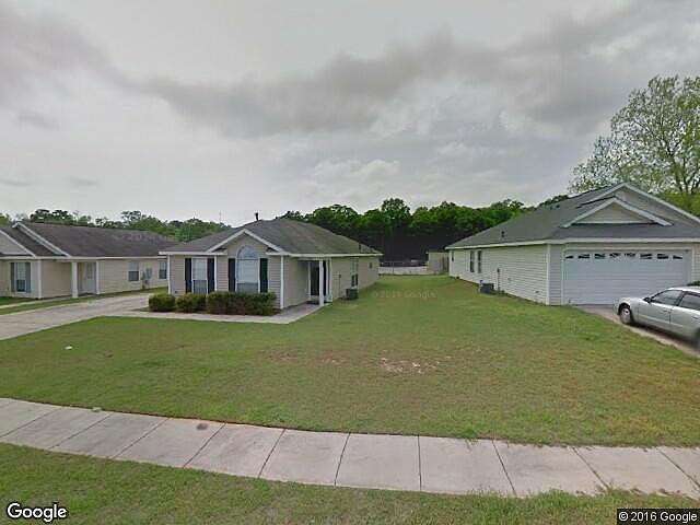 3 bedroom bath single family home mobile al 36695 for 1 bed 1 bath mobile homes