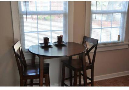 3 Beds - Pine Crest Apartments