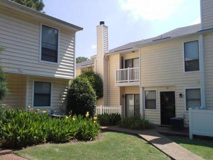 3 Beds Poplar Place Apartments For Rent In Memphis