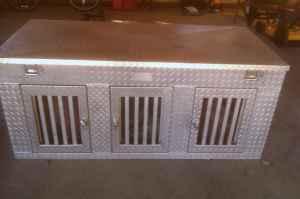 3 hole aluminum dog box menomonie for sale in lacrosse wisconsin classified. Black Bedroom Furniture Sets. Home Design Ideas