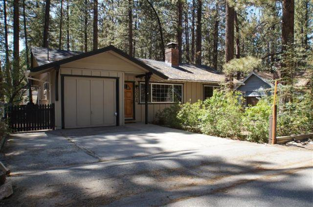 3 Little Bears Cabin Close To Bear Mountain For Sale In