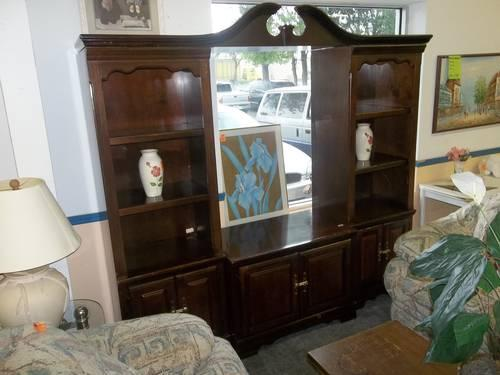 3 Piece Dark Wood Entertainment Center For Sale In Sanford Florida Classified