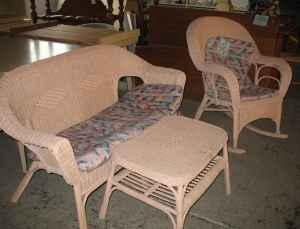 3 Piece Pink Wicker Porch Furniture Habitat For Humanity Restore For Sale In Youngstown
