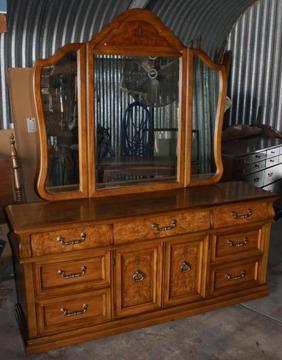 3 Piece Queen Size Bernhardt Bedroom Set For Sale In