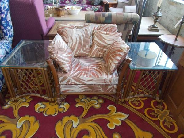 3 Piece Rattan Chair & Table Set for Sale in Greenwich