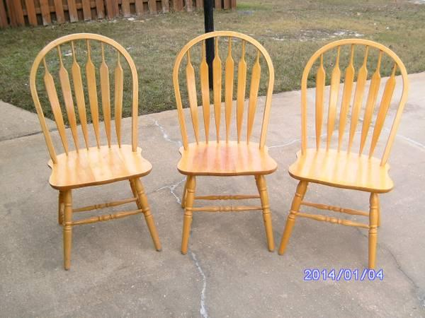 3 Three Arrow Back Chairs Golden Pine Sturdy Strong