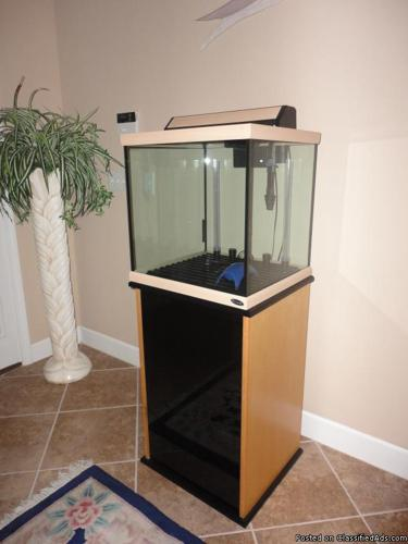 30 Gallon Oceanic Cube Aquarium with stand, light,